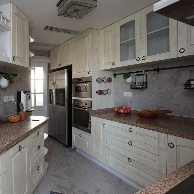 直角三角形厨房设计图展示